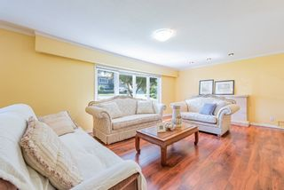 Photo 4: 4407 WILDWOOD Crescent in Burnaby: Garden Village House for sale (Burnaby South)  : MLS®# R2394907