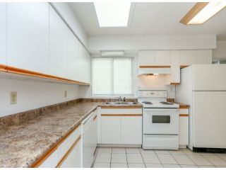 """Photo 8: 15176 CANARY DR in Surrey: Bolivar Heights House for sale in """"Birdland"""" (North Surrey)  : MLS®# F1317049"""
