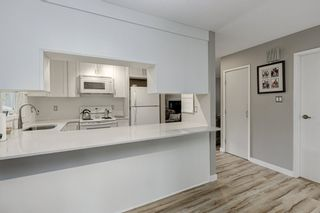 """Photo 7: 4299 BRIDGEWATER Crescent in Burnaby: Cariboo Townhouse for sale in """"Village Del Ponte"""" (Burnaby North)  : MLS®# R2380680"""
