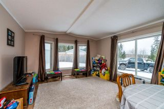 """Photo 5: 2866 EVASKO Road in Prince George: South Blackburn Manufactured Home for sale in """"SOUTH BLACKBURN"""" (PG City South East (Zone 75))  : MLS®# R2542635"""