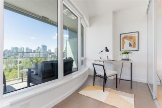 """Photo 31: 807 181 W 1ST Avenue in Vancouver: False Creek Condo for sale in """"BROOK AT THE VILLAGE"""" (Vancouver West)  : MLS®# R2591261"""