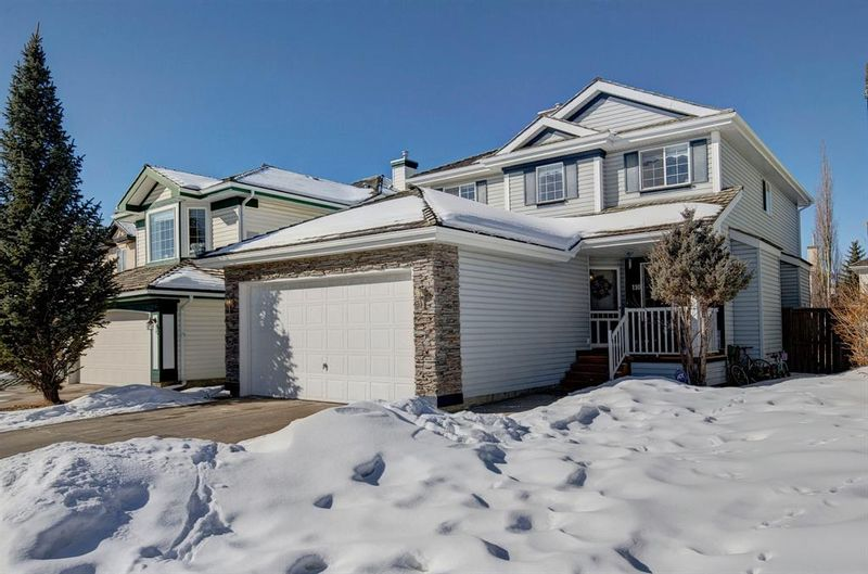 FEATURED LISTING: 110 Spring View Southwest Calgary