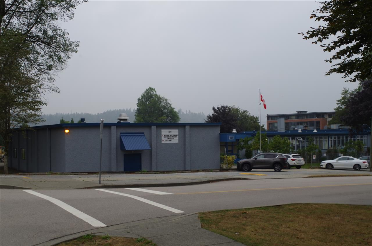Photo 2: Photos: 2818 ST GEORGE Street in Port Moody: Port Moody Centre Land for sale : MLS®# R2501859