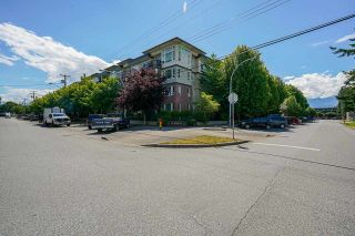 """Photo 1: 113 46150 BOLE Avenue in Chilliwack: Chilliwack N Yale-Well Condo for sale in """"Newmark"""" : MLS®# R2590795"""
