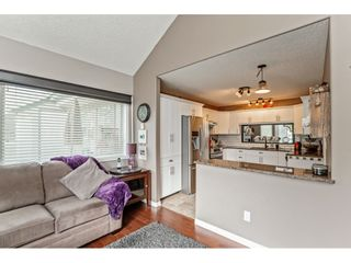 """Photo 11: 147 4001 OLD CLAYBURN Road in Abbotsford: Abbotsford East Townhouse for sale in """"CEDAR SPRINGS"""" : MLS®# R2555932"""