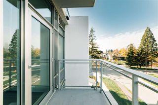 "Photo 12: 303 13308 CENTRAL Avenue in Surrey: Whalley Condo for sale in ""Evolve"" (North Surrey)  : MLS®# R2418278"