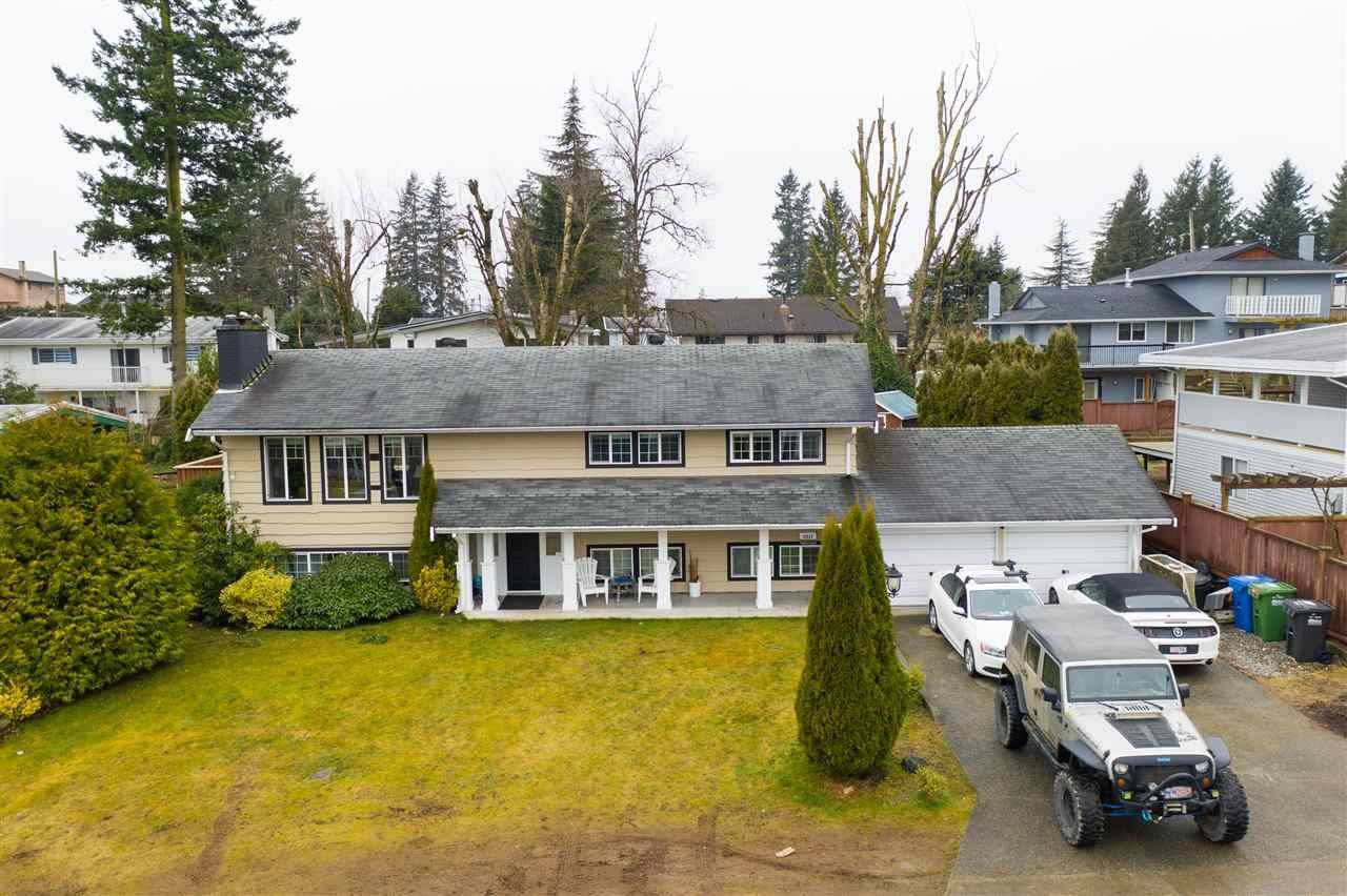 Photo 2: Photos: 2317 CASCADE Street in Abbotsford: Abbotsford West House for sale : MLS®# R2549498