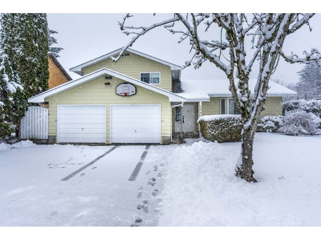 Main Photo: 26826 34TH Avenue in Langley: Aldergrove Langley House for sale : MLS®# R2141375