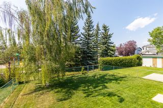 Photo 7: 169 Somerside Green SW in Calgary: Somerset Detached for sale : MLS®# A1131734