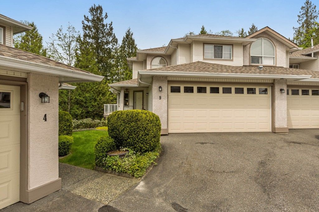 """Main Photo: 9 22751 HANEY Bypass in Maple Ridge: East Central Townhouse for sale in """"RIVER'S EDGE"""" : MLS®# R2165295"""