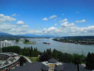 """Photo 1: 1603 11 E ROYAL Avenue in New Westminster: Fraserview NW Condo for sale in """"VICTORIA HILL HIGH RISE RESIDENCES"""" : MLS®# R2078887"""
