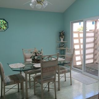 Photo 4: CLAIREMONT Townhouse for sale : 3 bedrooms : 5528 Caminito Katerina in San Diego
