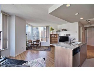 "Photo 7: 1504 1212 HOWE Street in Vancouver: Downtown VW Condo for sale in ""1212 HOWE"" (Vancouver West)  : MLS®# V1109901"