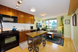 """Photo 1: 306 1030 W BROADWAY Street in Vancouver: Fairview VW Condo for sale in """"La Columa"""" (Vancouver West)  : MLS®# R2388638"""