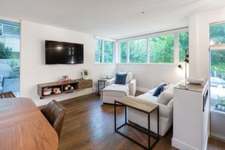 """Photo 15: 380 E 11TH Avenue in Vancouver: Mount Pleasant VE Townhouse for sale in """"UNO"""" (Vancouver East)  : MLS®# R2595479"""