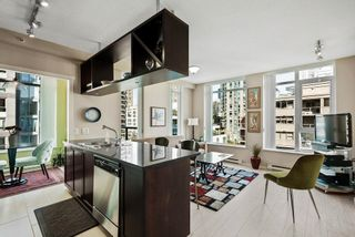 """Main Photo: 902 1001 HOMER Street in Vancouver: Yaletown Condo for sale in """"The Bentley"""" (Vancouver West)  : MLS®# R2619159"""