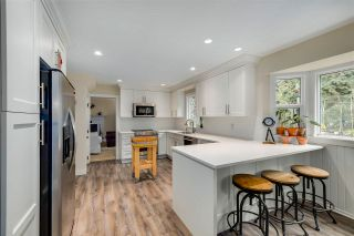 "Photo 6: 19774 47 Avenue in Langley: Langley City House for sale in ""MASON HEIGHTS"" : MLS®# R2562773"