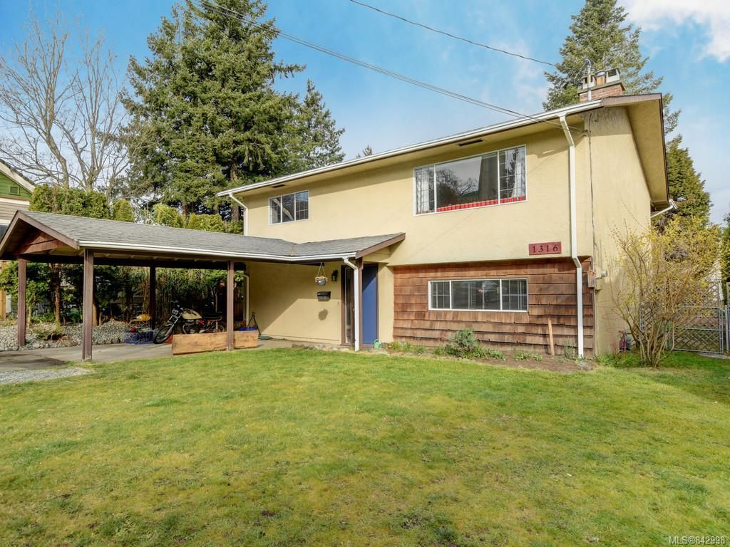 Main Photo: 1316 Lang St in Victoria: Vi Mayfair House for sale : MLS®# 842998