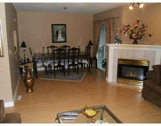 """Photo 4: 2590 PANORAMA Drive in Coquitlam: Westwood Plateau Townhouse for sale in """"BUCKINGHAM COURT"""" : MLS®# V628086"""