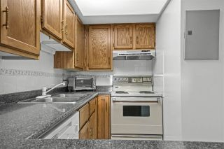 """Photo 14: 1107 4194 MAYWOOD Street in Burnaby: Metrotown Condo for sale in """"PARK AVENUE TOWERS"""" (Burnaby South)  : MLS®# R2541535"""