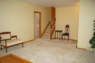 Photo 13: 11 Kirby Drive in Winnipeg: Single Family Detached for sale (Heritage Park)  : MLS®# 1614573