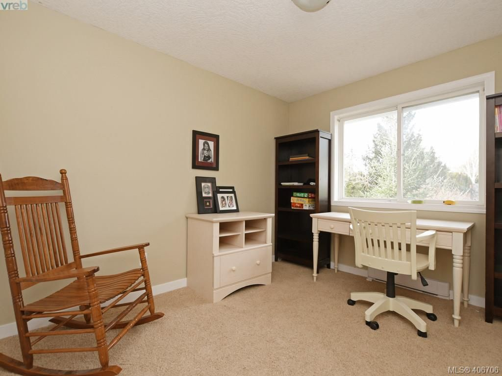 Photo 13: Photos: 2178 Maple Ave in SOOKE: Sk Broomhill House for sale (Sooke)  : MLS®# 808178