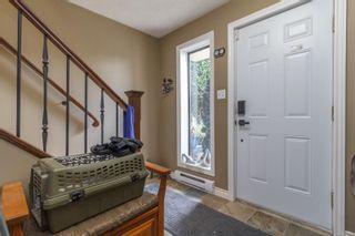 Photo 3: 770 Mann Ave in Saanich: SW Royal Oak House for sale (Saanich West)  : MLS®# 855881