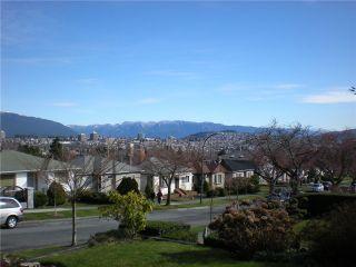 Photo 10: 3006 E 2ND AV in Vancouver: Renfrew VE House for sale (Vancouver East)  : MLS®# V877852
