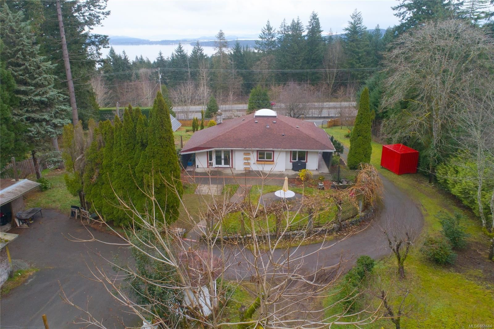 Main Photo: 624 Butterfield Rd in : ML Mill Bay House for sale (Malahat & Area)  : MLS®# 861684