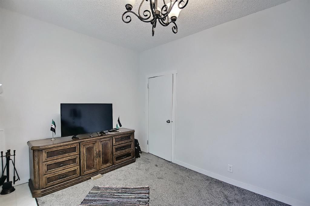 Photo 21: Photos: 2122 5 Street SW in Calgary: Cliff Bungalow Detached for sale : MLS®# A1115201