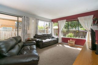 Photo 9: 886 PINEBROOK Place in Coquitlam: Meadow Brook House for sale : MLS®# R2164345