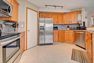 Photo 6: 243 SOMERGLEN Road SW in Calgary: Somerset House for sale : MLS®# C4122887