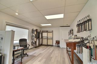Photo 4: 320 13th Avenue East in Prince Albert: East Flat Commercial for sale : MLS®# SK864139