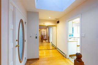 "Photo 23: 301 N HYTHE Avenue in Burnaby: Capitol Hill BN House for sale in ""CAPITOL HILL"" (Burnaby North)  : MLS®# R2531896"