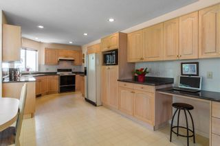 """Photo 8: 1417 PURCELL Drive in Coquitlam: Westwood Plateau House for sale in """"WESTWOOD PLATEAU"""" : MLS®# R2603711"""