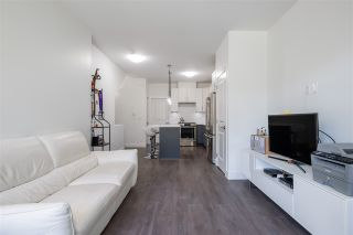 Photo 3: 5795 WALES STREET in Vancouver: Killarney VE Townhouse for sale (Vancouver East)  : MLS®# R2504065