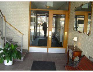Photo 2: 1700 TAYLOR Avenue in WINNIPEG: River Heights / Tuxedo / Linden Woods Condominium for sale (South Winnipeg)  : MLS®# 2906243