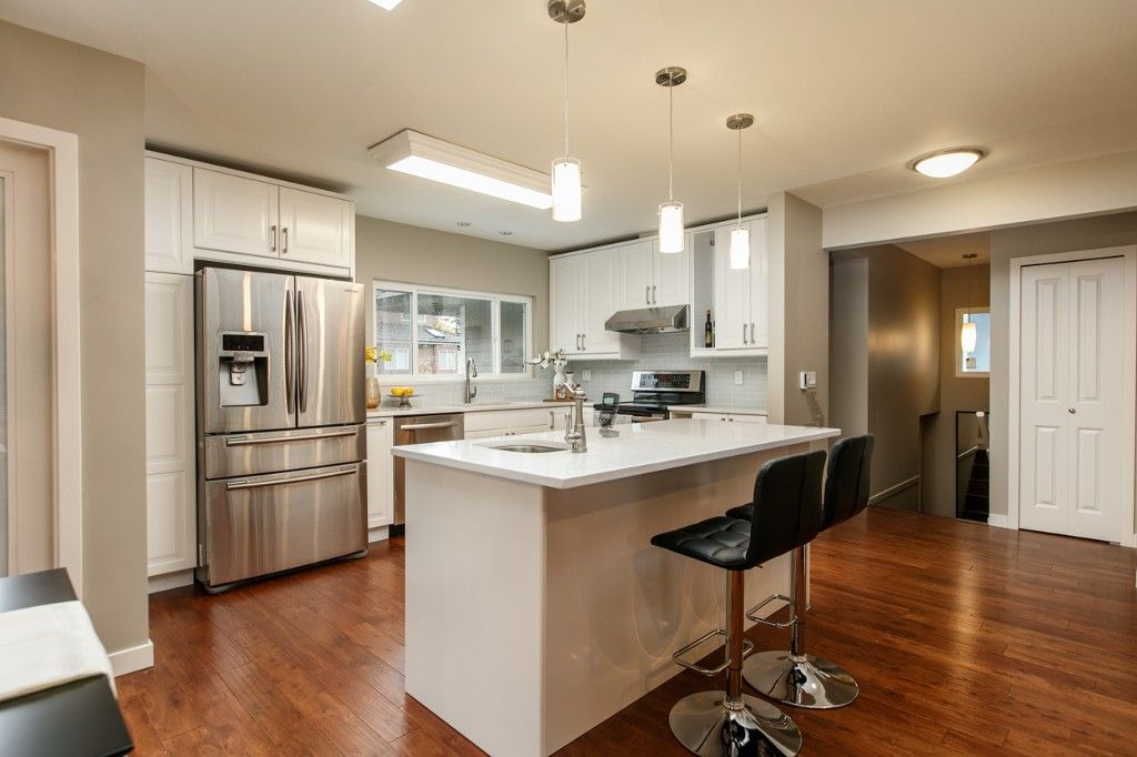 Photo 5: Photos: 4960 MANOR ST in VANCOUVER: Collingwood VE House for sale (Vancouver East)  : MLS®# R2134049