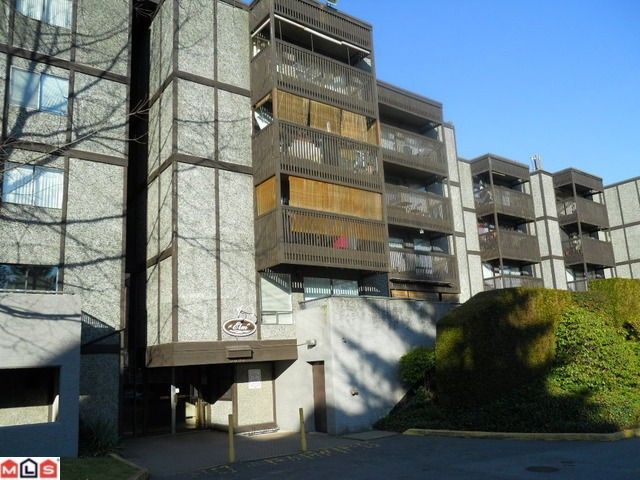 """Main Photo: 307 9682 134TH Street in Surrey: Whalley Condo for sale in """"Parkwoods"""" (North Surrey)  : MLS®# F1103410"""
