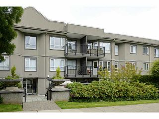 Photo 1: 119 555 W 14TH Avenue in Vancouver: Fairview VW Condo for sale (Vancouver West)  : MLS®# V1116666