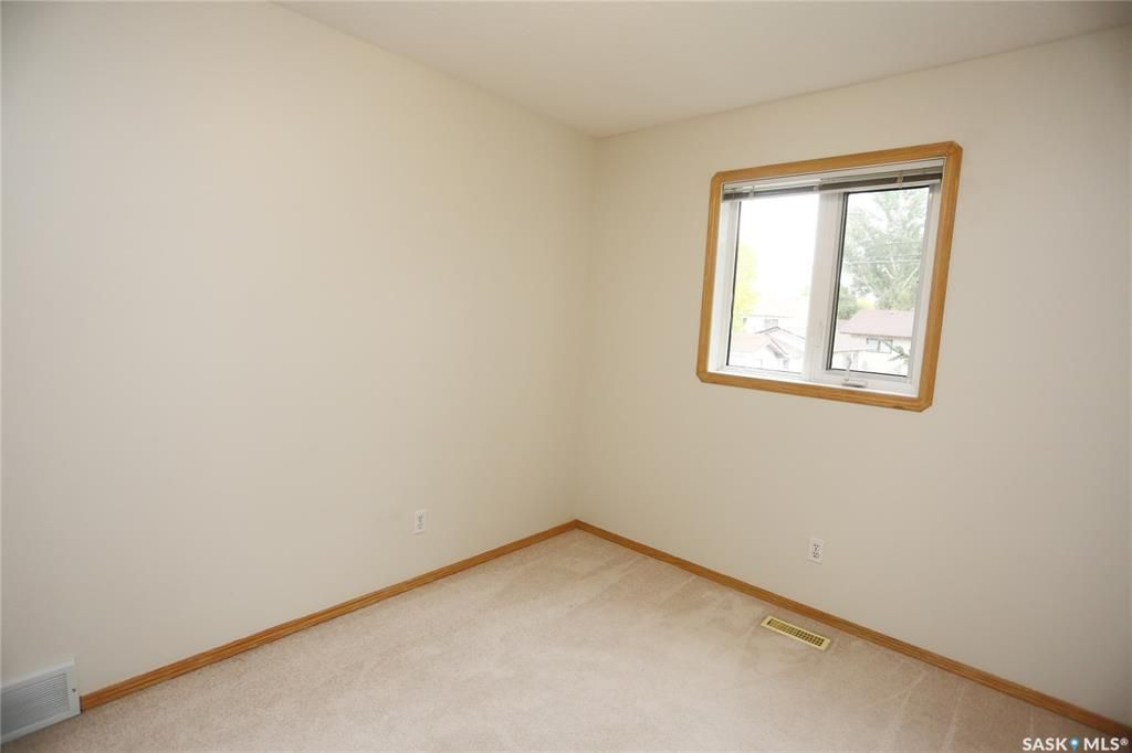 Photo 28: Photos: 206 1st Avenue North in Warman: Residential for sale : MLS®# SK796281