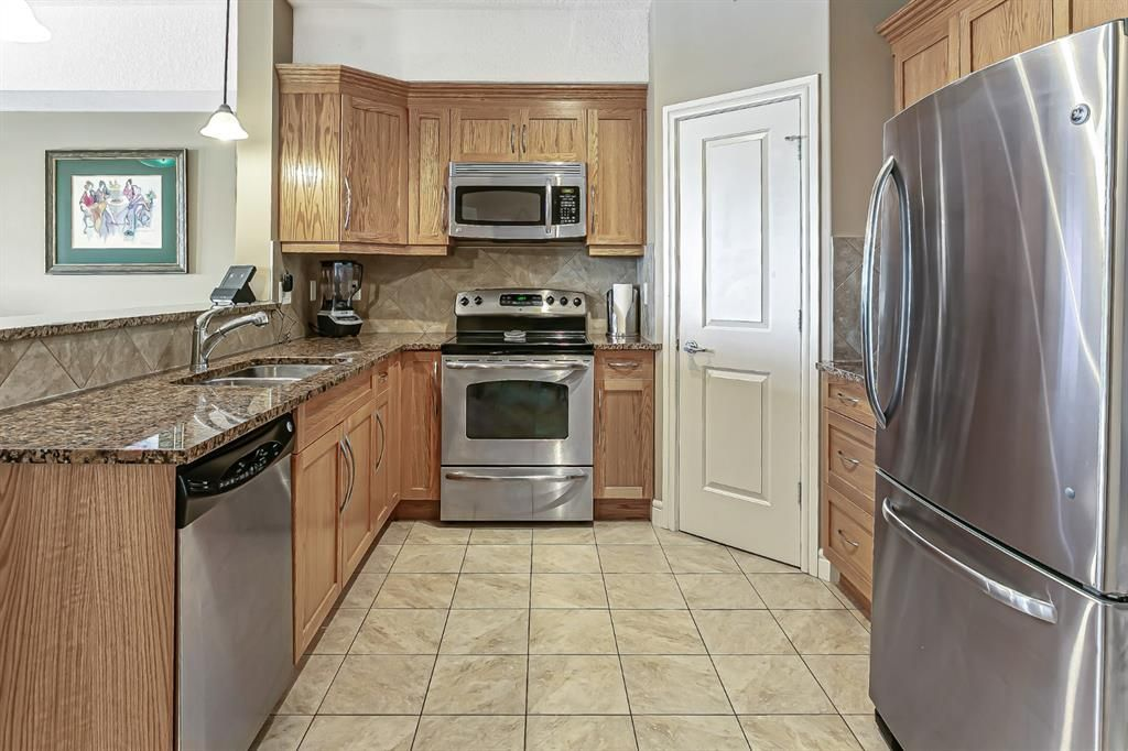 Photo 8: Photos: 1445 2330 FISH CREEK Boulevard SW in Calgary: Evergreen Apartment for sale : MLS®# A1082704