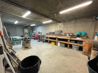 "Photo 34: 301 1381 MARTIN Street: White Rock Condo for sale in ""CHESTNUT VILLAGE"" (South Surrey White Rock)  : MLS®# R2575498"
