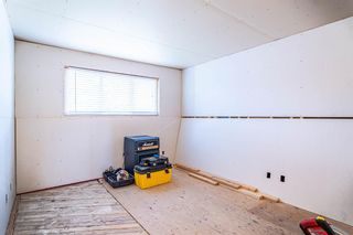 Photo 15: 204 Foritana Road SE in Calgary: Forest Heights Detached for sale : MLS®# A1116500