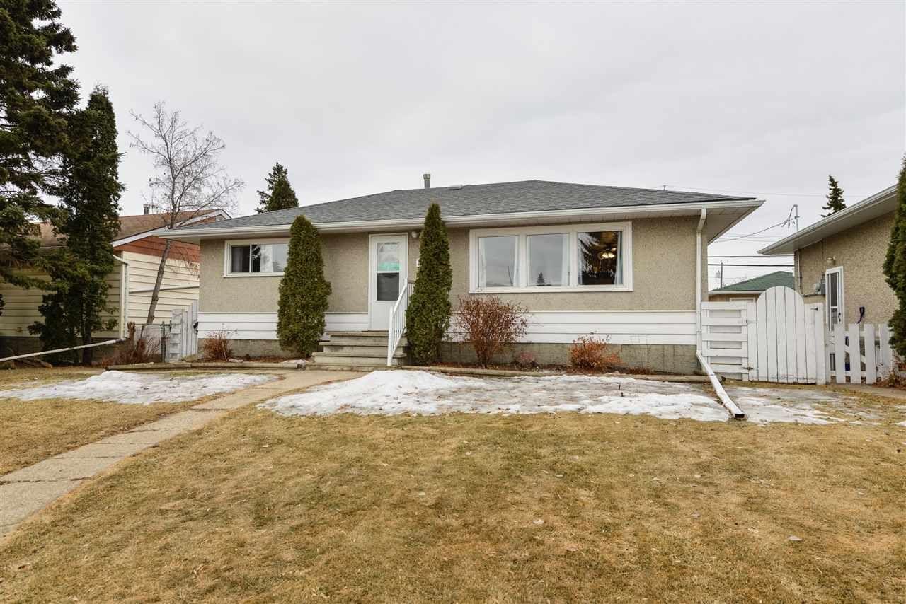 Main Photo: 15721 107A Avenue in Edmonton: Zone 21 House for sale : MLS®# E4234795