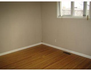 Photo 5: 299 KENT Road in WINNIPEG: East Kildonan Single Family Detached for sale (North East Winnipeg)  : MLS®# 2714153