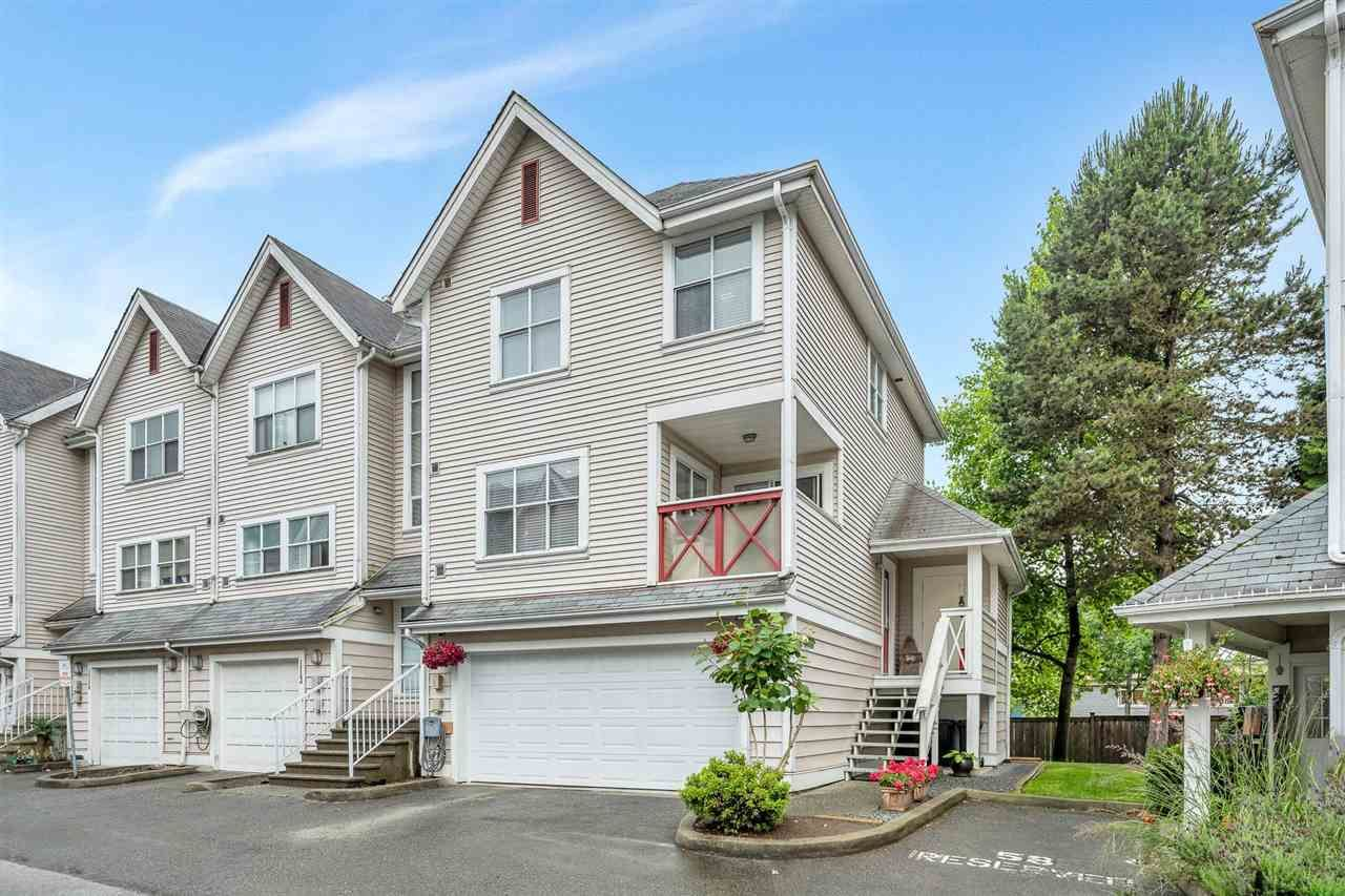 """Main Photo: 112 2450 HAWTHORNE Avenue in Port Coquitlam: Central Pt Coquitlam Townhouse for sale in """"COUNTRY PARK ESTATES"""" : MLS®# R2593079"""