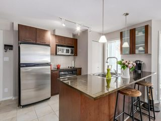 Photo 4:  in vancouver: Condo for rent