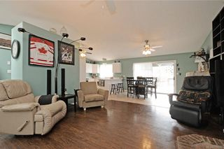 Photo 3: 6847 Burr Dr in Sooke: Sk Broomhill House for sale : MLS®# 759357