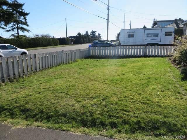 Photo 12: Photos: 828 Thulin St in CAMPBELL RIVER: CR Campbell River Central Manufactured Home for sale (Campbell River)  : MLS®# 703828